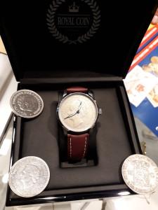 """Na veletrhu byla k vidění i řada zajímavostí. Např. """"Royal Coin Watches"""", tedy hodinky vytvořené z historické stříbrné mince podle individuálního přání zákazníka."""