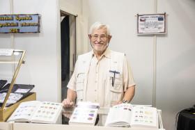 Našeho předního popularizátora mineralogie a soudního znalce Karla Maříka najdete na veletrhu Geosvět / Minerály a drahé kameny u stolu číslo 9.