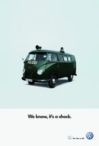 """""""Víme, je to šok."""" Tak parafrázoval slavné reklamy z 60. let inzerát oslavující šedesáté narozeniny slavného """"busu""""."""